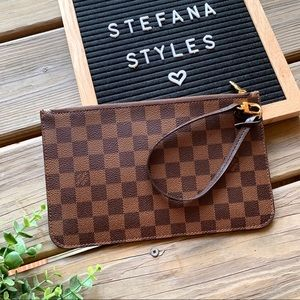 Louis Vuitton Damier Ebene GM Pouchette Clutch
